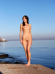 Erotic-Flowers Fiona - The Dance Nearby Water - 37 photos - 1472x2000