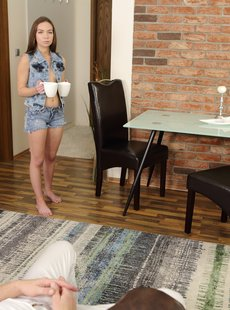 TmwVRnet Ofelia Trimble Dick and pussy collide in armchair 011419 3500 px 108 pics 107 MB
