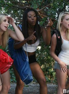 Big Titted Shawna Lenee Oklahoma And Erika Vuitton In A Gangbang