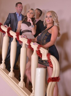 DDFNetwork Gina Rachele Richey 80121 Anal by the Tree A Swingers Holiday Fantasy 12262019 110 x