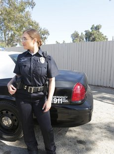 Bang Skylar Snow Screw The Cops Skylar Snow Captures A Criminal And Squirts All Over Her Police Cruiser 90x 2600x1733 010220